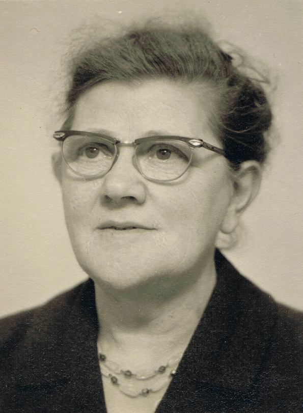 Maaike de Zoete, etwa 1940er Jahre