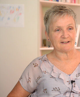 Binne Roordas Enkelin Ytje Stevens-Roorda erforscht seine Geschichte